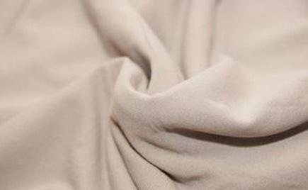 刘潭服装告诉您:棉质面料有何特点!