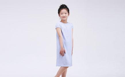 刘潭服装提醒您保存儿童衣服不要用卫生球