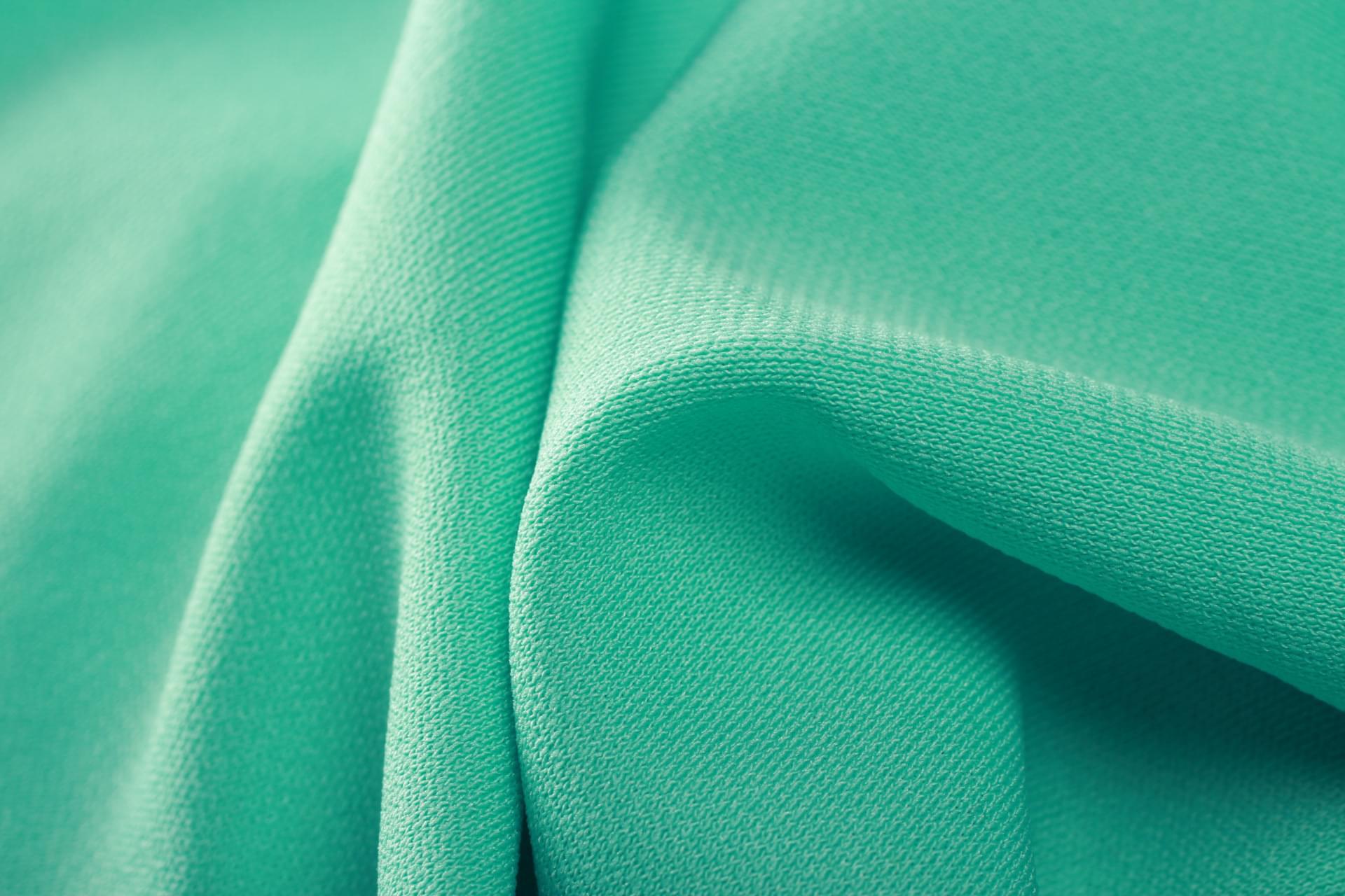 常用功能性针织面料的特点及用途 刘潭服装厂为您解析