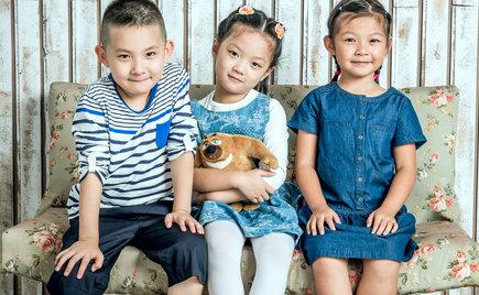 刘潭服装:实力童装加工 给孩子爱的童年