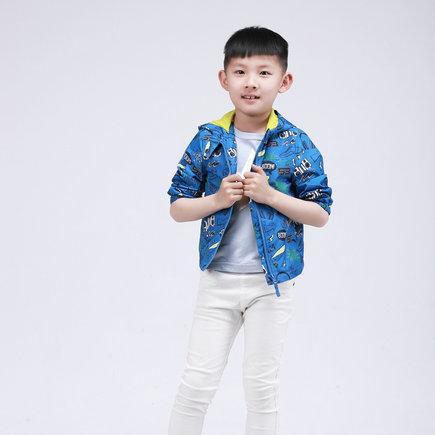"""刘潭服装:What!连帽衫竟是儿童的""""隐形杀手"""""""