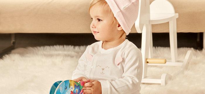 刘潭服装:如何购买优质的婴幼儿服装?