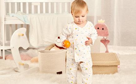 刘潭服装:适合小婴儿的服装 千万不要错过